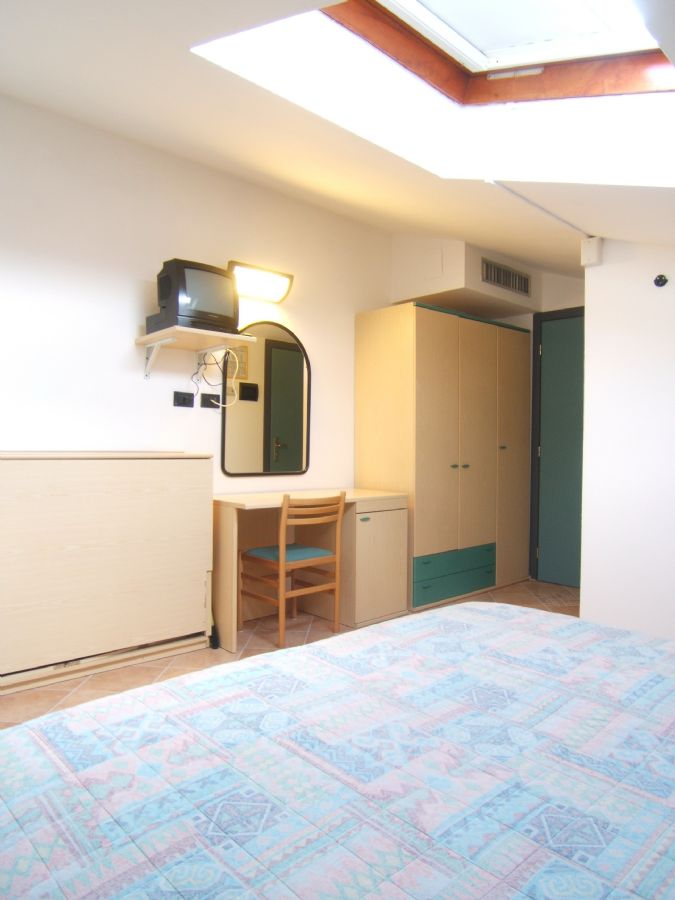 Camera mansarda - Bagno mansarda non abitabile ...